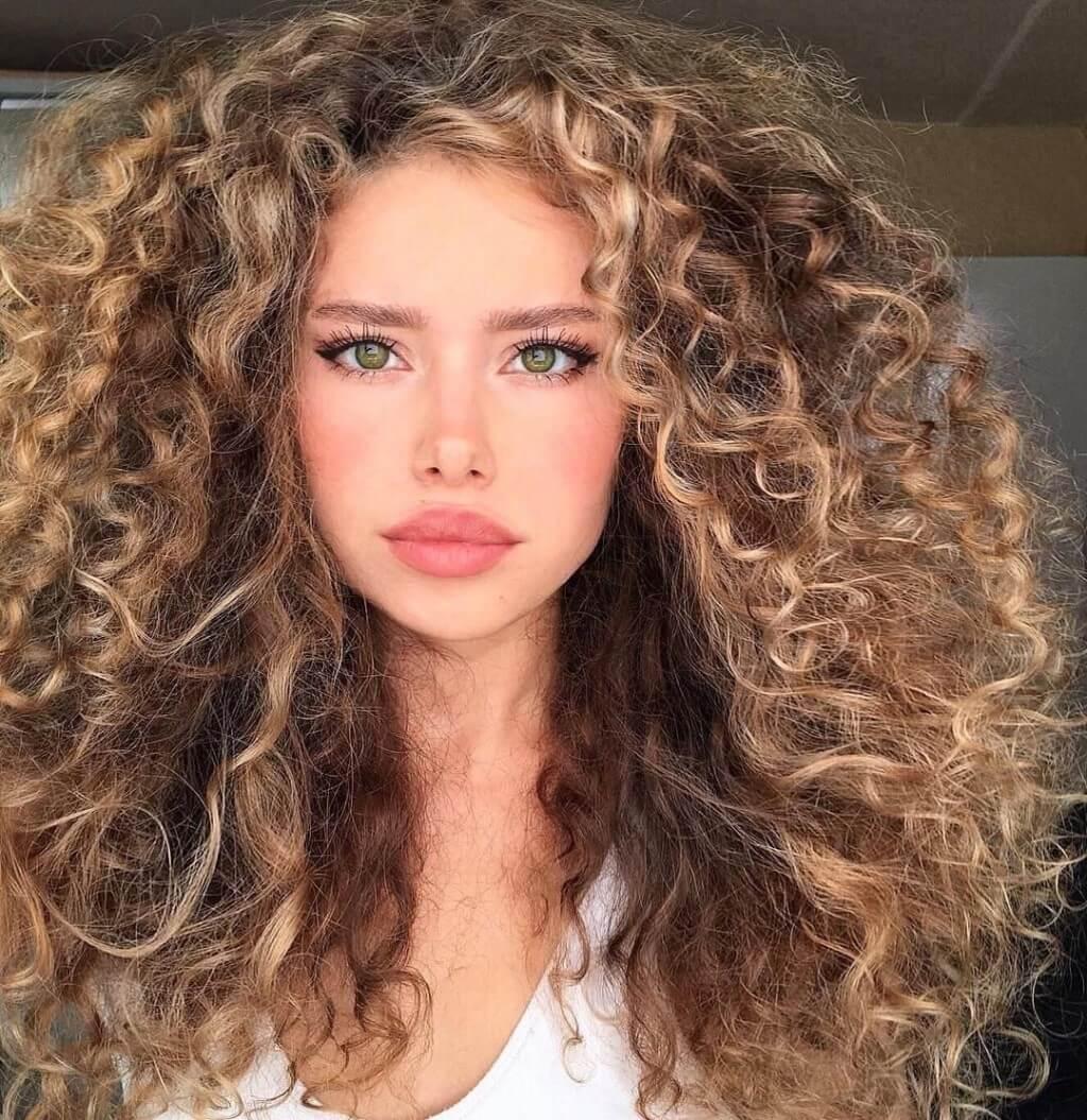 Средство для укладки волос с про-кератиновым комплексом